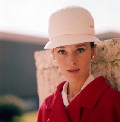 Audrey Hepburn poster G300569