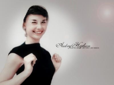 Audrey Hepburn poster G300628