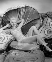 Betty Grable picture G301176