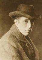 D.W. Griffith picture G302943