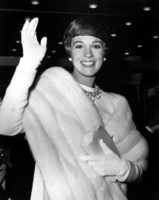 Julie Andrews picture G307544