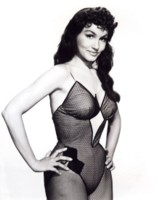 Julie Newmar picture G307573