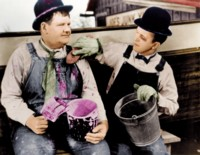 Laurel & Hardy picture G308046