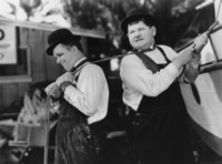 Laurel & Hardy picture G308047