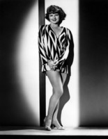 Lilian Bond picture G308246