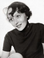Luise Rainer picture G308560