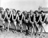 Mack Sennett Bathing Beauties picture G308589