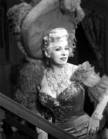 Mae West picture G308675