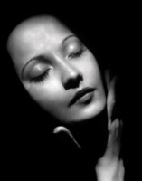 Merle Oberon picture G103152