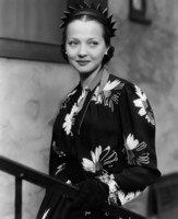 Sylvia Sidney picture G311604