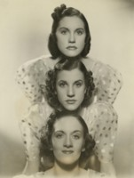 The Andrews Sisters picture G311686