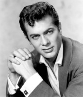 Tony Curtis picture G311942