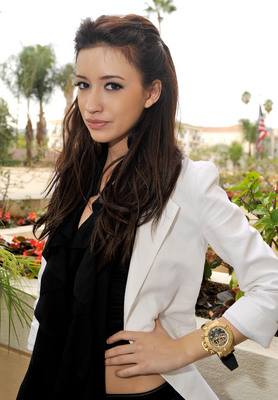 Christian Serratos poster G315715