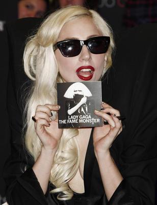 Lady Gaga poster G316159