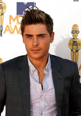 Zac Efron poster G317140