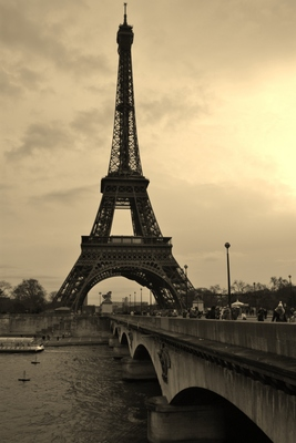 Eiffel Tower poster G318420