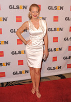 Jeri Lynn Ryan picture G320113