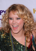Taylor Spreitler picture G320140
