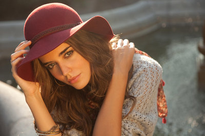 Clara Alonso poster G321012