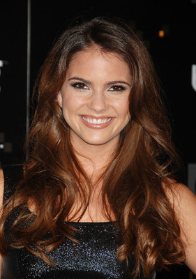 Shelley Hennig poster G321035