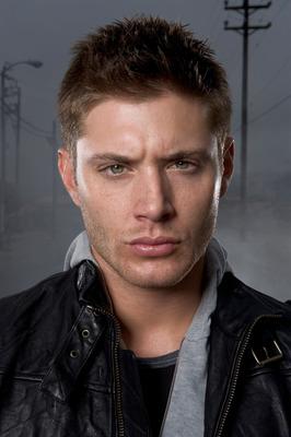 Jensen Ackles poster G321324