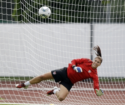 Hope Solo poster G321809