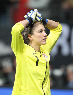 Hope Solo poster G321816