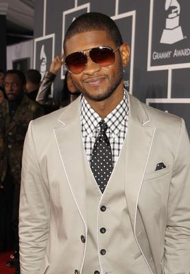 Usher poster G323938