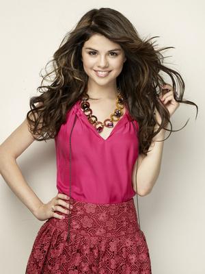 Selena Gomez poster G324370
