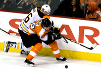 Danny Briere picture G330985