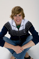 Cody Linley picture G332308