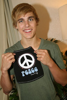 Cody Linley picture G332312