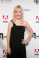 Angela Kinsey picture G333654