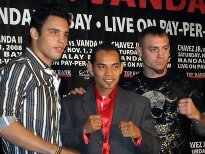 Julio Cesar Chavez Jr poster G334128