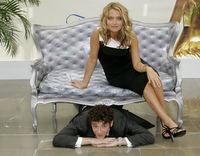 Becki Newton & Michael Urie picture G335235