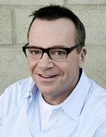 Tom Arnold picture G335703