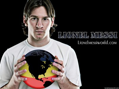 Lionel Messi poster G336183