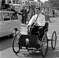 Graham Hill picture G336264
