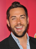 Zachary Levi picture G336305