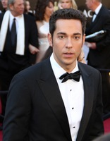 Zachary Levi picture G336310