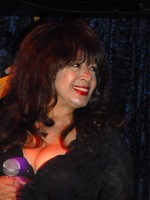 Ronnie Spector picture G336357