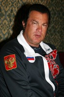 Steven SeagaL picture G336752