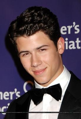 Nick Jonas poster G337213