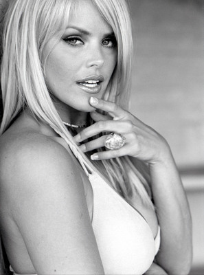 Gena Lee Nolin poster G337989