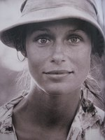 Lauren Hutton picture G339021