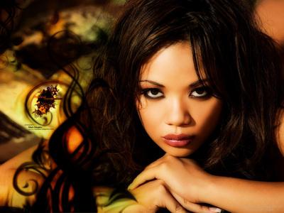 Luana Lani poster G339096
