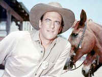 James Arness picture G340066