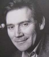 Anthony Andrews picture G340248