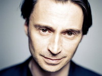 Robert Carlyle picture G340320