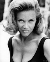 Honor Blackman picture G340343